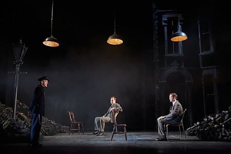 The Night Watch (2019) - The Original Theatre Company - Photo by Mark Douet