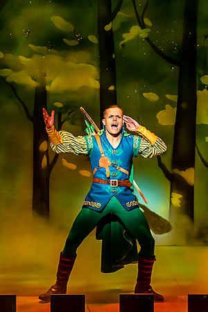 Giovanni Spanó in Robin Hood at Salisbury Playhouse. Credit The Other Richard.