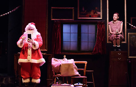 Adrian Grove and Sophie Evans in THE NIGHT BEFORE CHRISTMAS at Salisbury Playhouse - credit Paul Blakemore